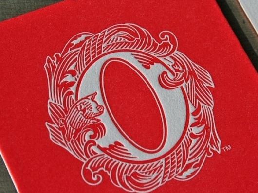 Miller_Creative_Olli_Salami_SOF_Letterpress_cards5.JPG-600x450.jpg (JPEG Image, 600×450 pixels) #red #letterpress #pig #letter #identity #logo #o