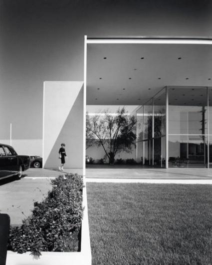 ★Baubauhaus. #lines #architecture #house #composition