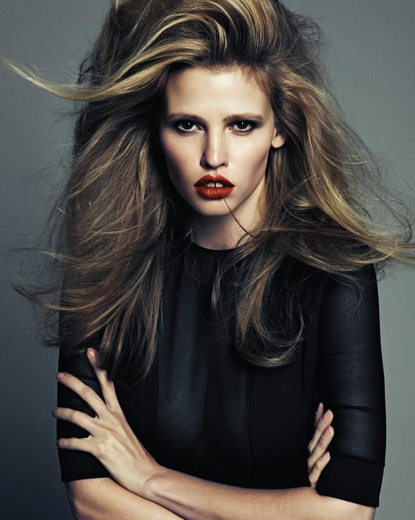 Lara Stone by Hong Jang Hyun for Vogue Korea #fashion