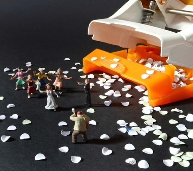Tiny people take on office stationery in one imaginative photo collection #photography #miniature #figures