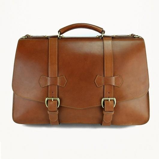 tumblr_lzo3w46oAK1qcjadfo1_1280.jpg (640×640) #briefcase #leather