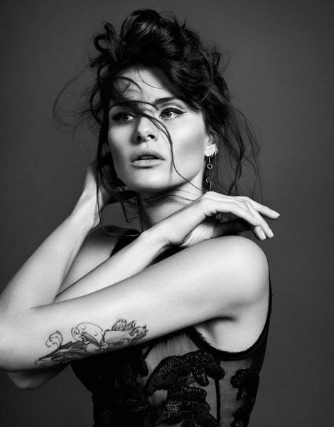 Isabeli Fontana by Sergi Pons for El Pais #photo #portrait #beauty