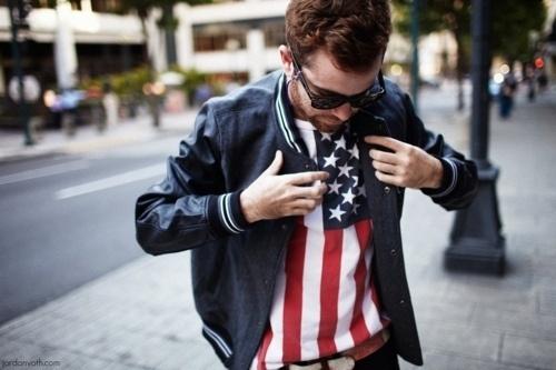 (1) Tumblr #silkscreen #white #red #america #city #design #photography #fashion #blue