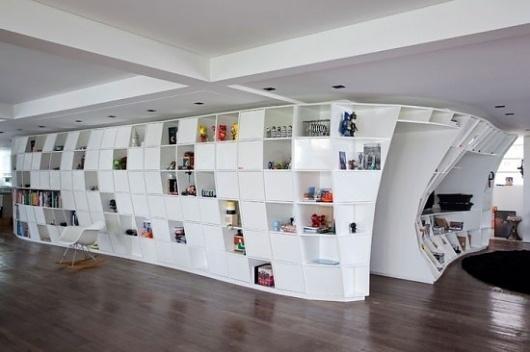 Bookcase Apartment | Fubiz™ #interior #shelves #design #gridding