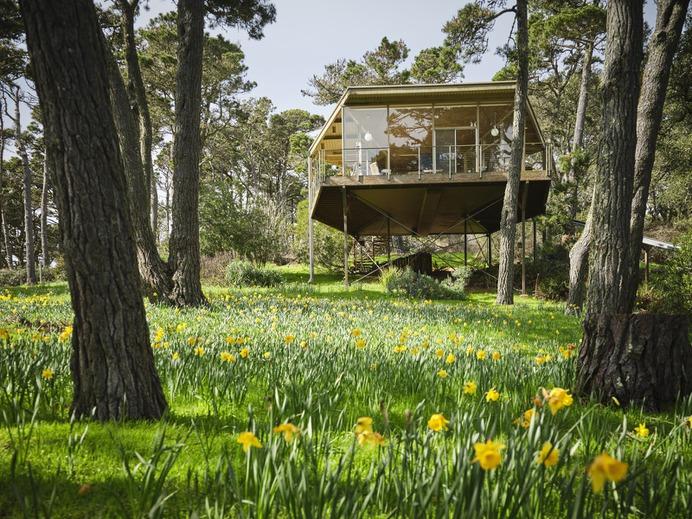 A Sensational Slice of Coastal California With 3 Houses Lists For $6M #house