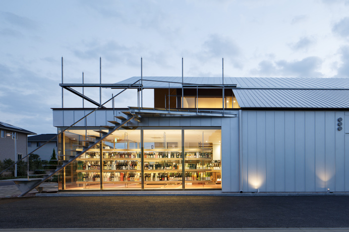 Ono-Sake Warehouse by Eureka and G architects studio