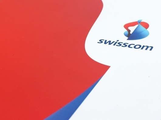 Swisscom | Moving Brands - a global branding company #branding #guide #guidelines #corporate #style