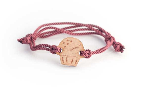 #Cupcake Kemono #bracelet / #wristlet - wood edition - #wood - #sweet #product