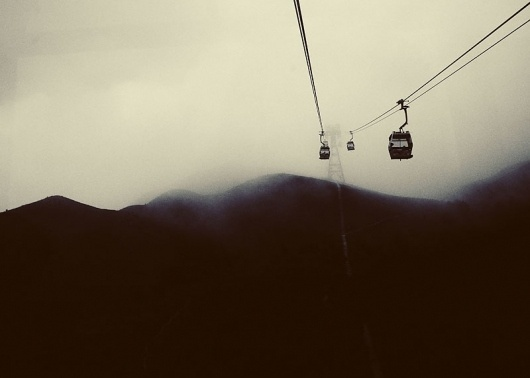 #mountain #white #lift #black #photography #and #gondola