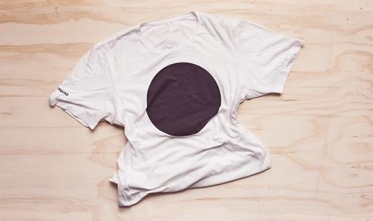 MFutura | Manifiesto Futura #white #black #shirt #and #futura #circle #manifiesto