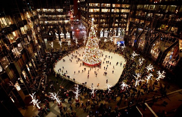 5 Christmas tree on ice rink in Pittsburg USA #christmas #trees #art #tree