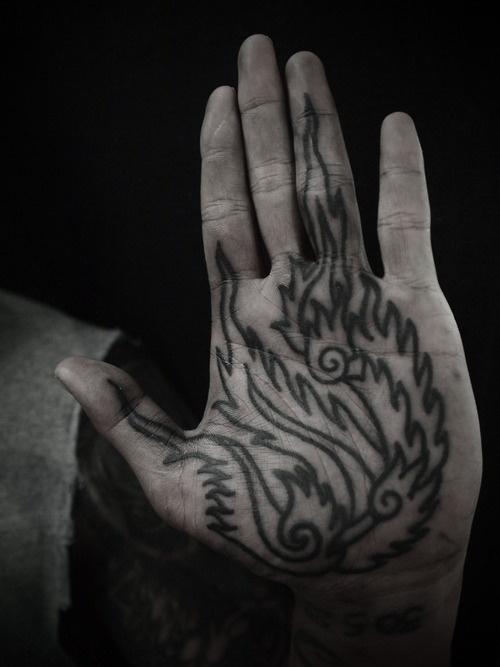 GUY LE TATOOER #illustration #ink #tattoo #hand