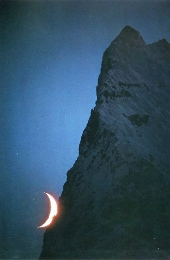 Piccsy :: Galen and Barbara Rowell - mountains of the middle kingdom #mountain #photography #moon #nature