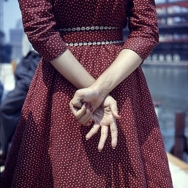 The Lost Work of Vivian Maier » ISO50 Blog – The Blog of Scott Hansen (Tycho / ISO50) #dress #retro #hands