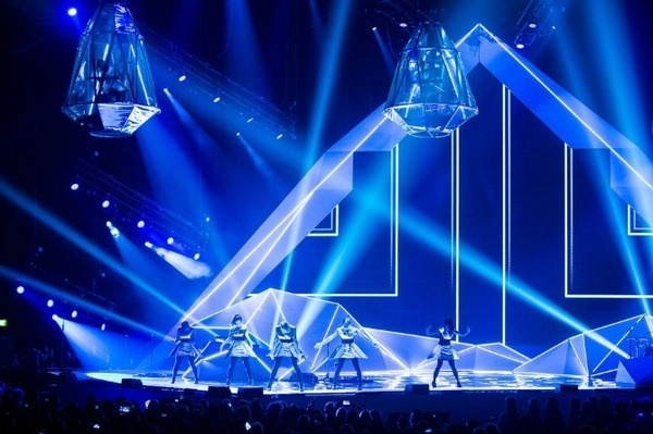 Nathan Taylor | Production Design | Set, Stage and Event Design | Creative and Art Direction #design #lighting #concert #production #stage