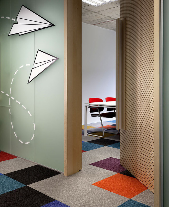 SiteGround Office Space by Cache Atelie site ground office space glass walls