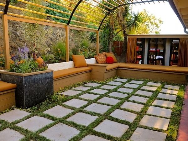 Design Tips for Beautiful Pergolas : Outdoors : Home & Garden Television #garden