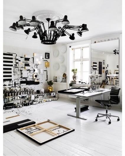 7111810061_aaeb017797_o.jpg (800×1001) #interior #office #studio #workspace