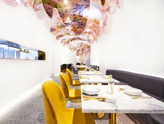 Restaurant Decor Resemble an Underwater Fantasy World - InteriorZine