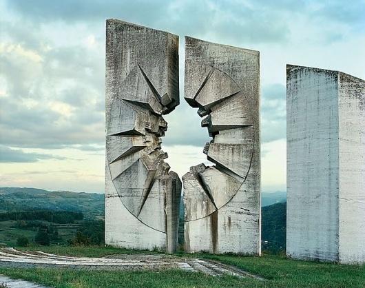 Spomenik_18.jpg 640×505 pixels #soviet #concrete #architecture #monument