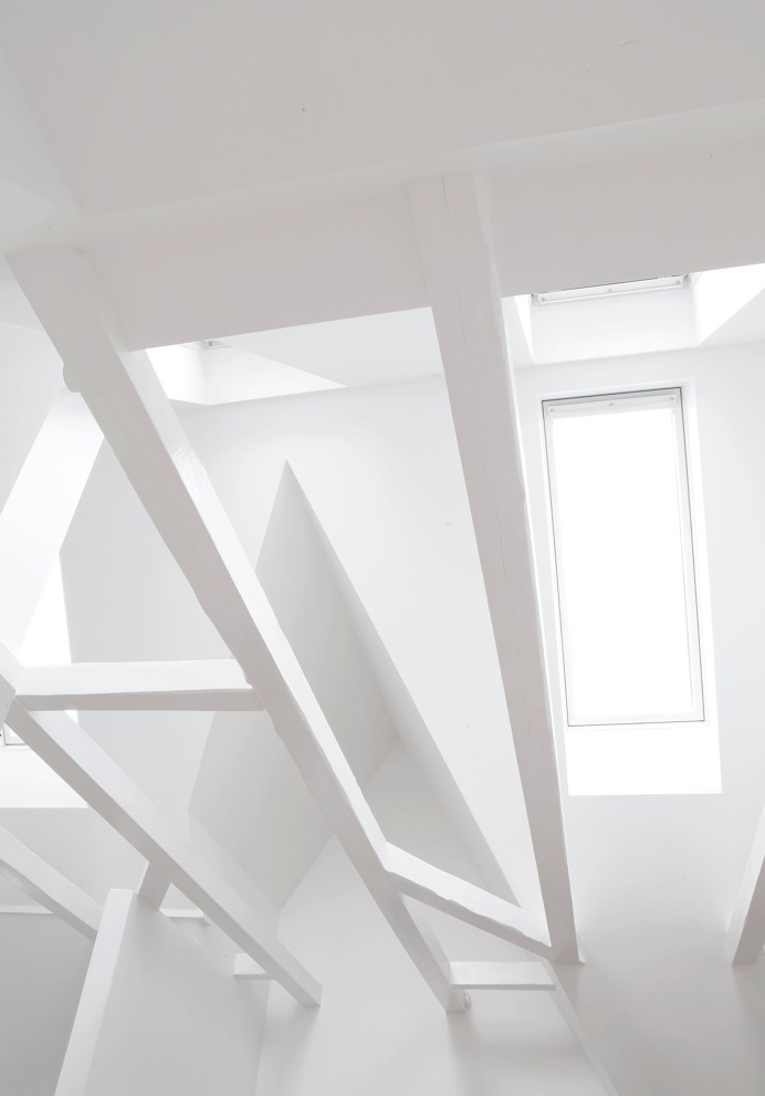 Skylights. Copenhagen Townhouse I by Norm.Architects. #skylight #attic #normarchitects #minimal