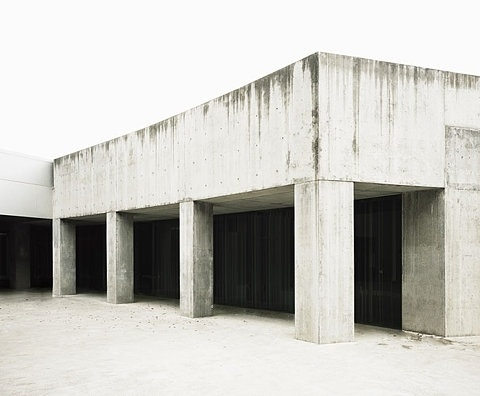 FFFFOUND!   untitled_01.jpg (JPEG Image, 700x578 pixels) #architecture #minimal #pure