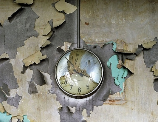 Yves Marchand & Romain Meffre Photography - The Ruins of Detroit #of #paint #end #pealing #time #clock #blue