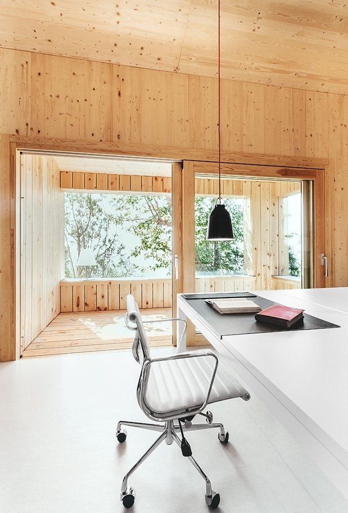 Workspace. Wood Studio House by Dom Arquitectura. #workspace #domarquitectura #minimalist