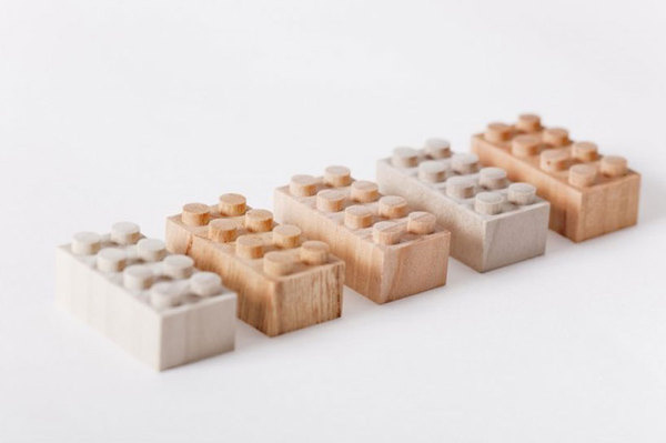 wooden lego blocks by mokurokku
