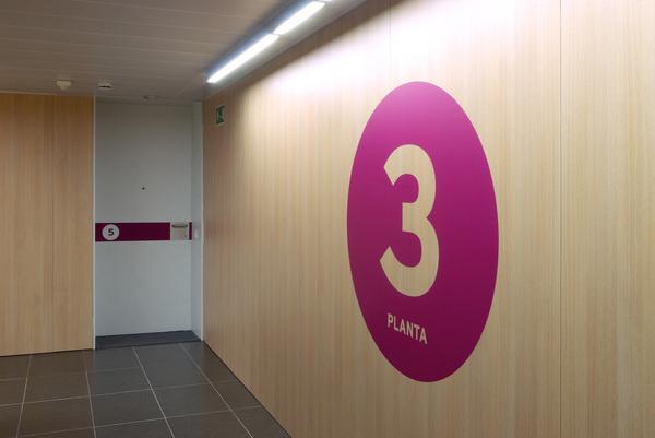 Còrsega 363 #estudi #exe #363 #design #graphic #torras #conrad #environmental #architecture #barcelona #arquitectura #signage #crsega #cibeles