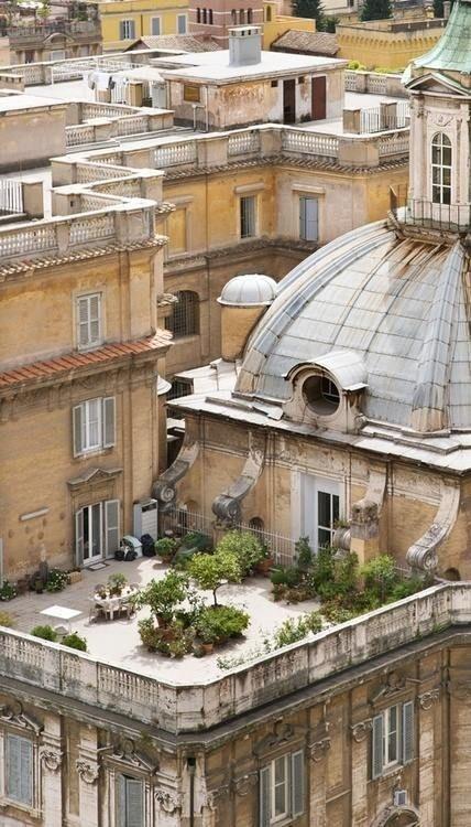 Rooftop garden in Roma... #garden #rooftop