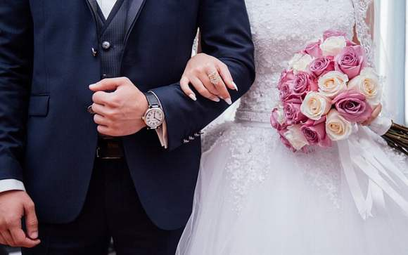 Get the best of maid of honor speech quotes and maid of honor sayings. Such that will leave the bride teary, more in love with you and the audience emotional!