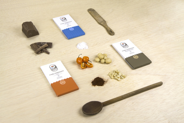 Pono Chocolate #branding #packaging #chocolate #identity #logo #layout #package