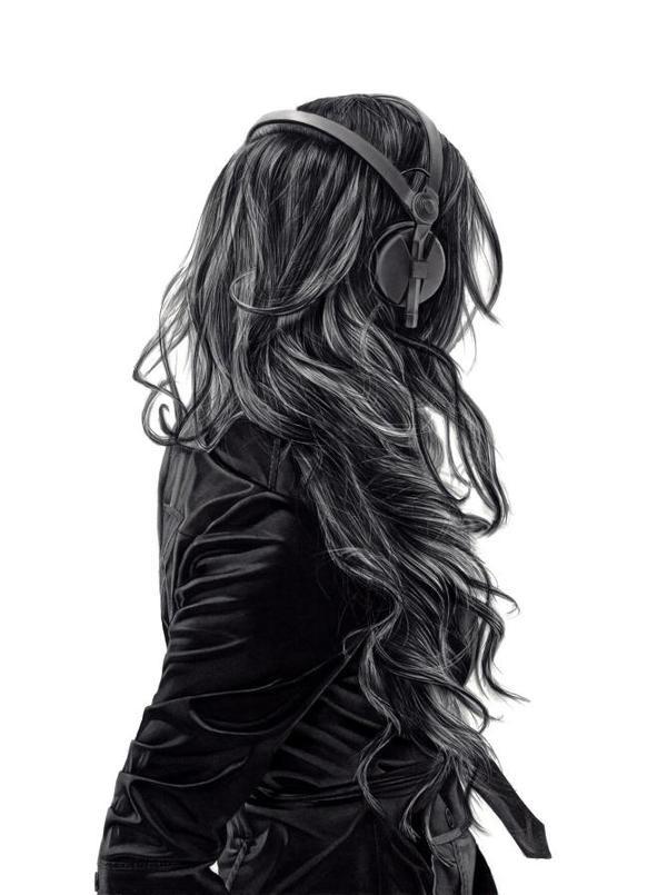 http://bldgwlf.com/wp content/uploads/2012/10/yannifloros 3.jpeg #hair #headphones #girl
