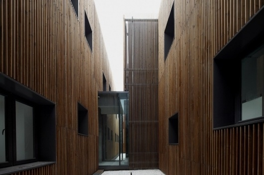 Architecture Photography: Administration Building of the North Shanghai Gas Company in Jiading / Atelier Deshaus - Administration Building of the Nort #architecture