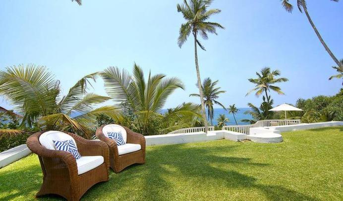 5 Bedroom Private Villa Sri Lanka with Pool in Habaraduwa-Koggala