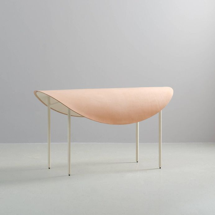 Tack Bench by Knauf and Brown