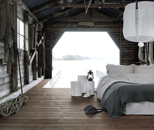 5 Favorites: Summer Boathouse Roundup : Remodelista #bedroom