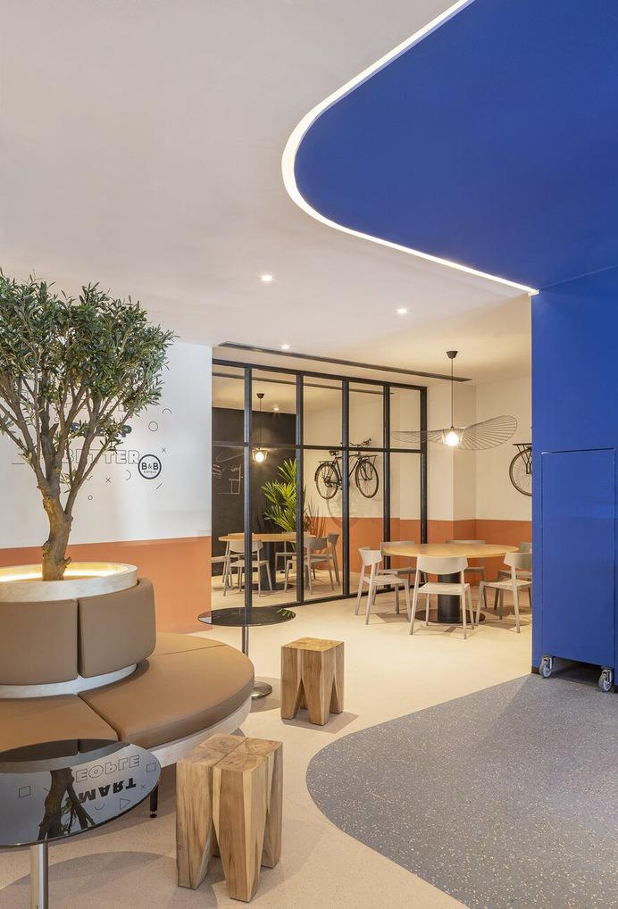 The B&B Hotel in Getafe Inaugurates Its New Lobby by CuldeSac Custom