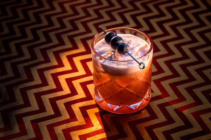Desgin Gin - Clover Club #cocktail #cocktails #alcohol #photography #desgin