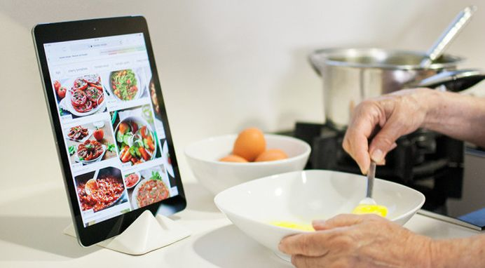 Montelouro - Adaptable stand for mobile devices   Indiegogo