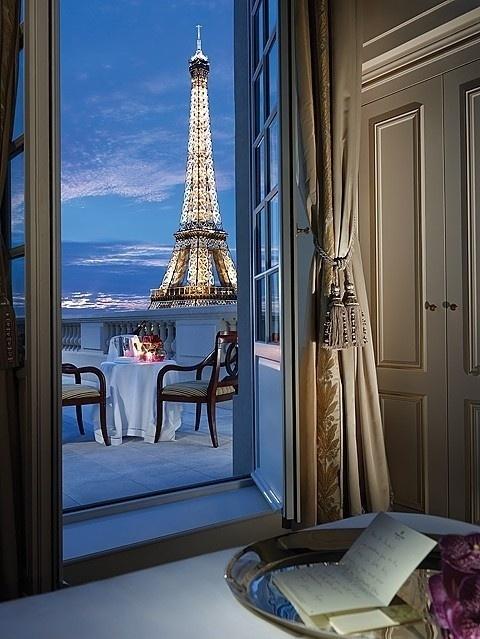 Classroom #paris #photography
