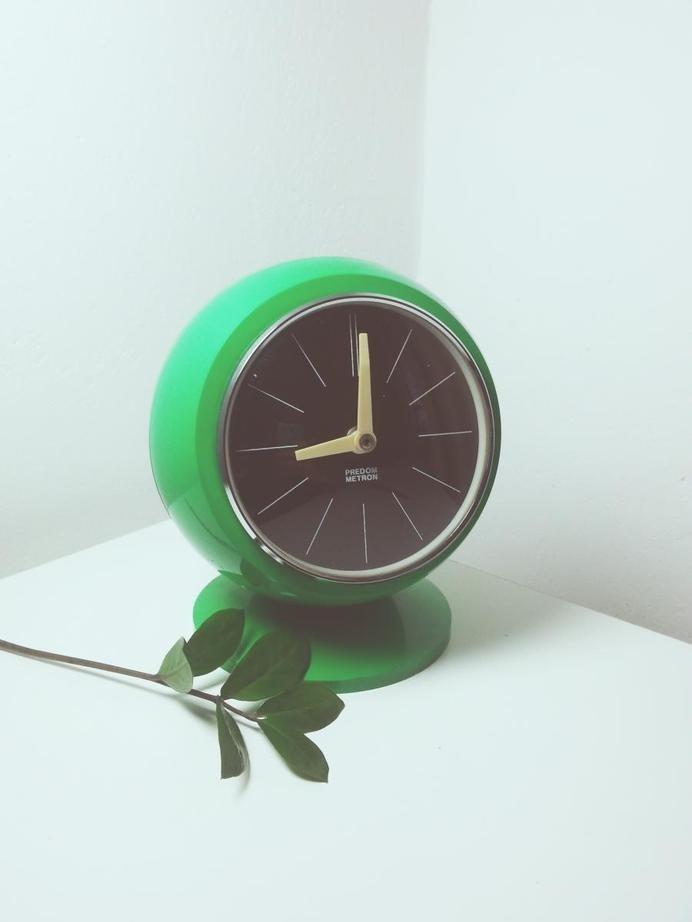 fot. Małgorzata Botor #clock #design #vintage #green