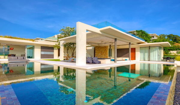 Breathtaking Natural Spectacle Offered by Modern Holiday Villa in Koh Samui #architecture