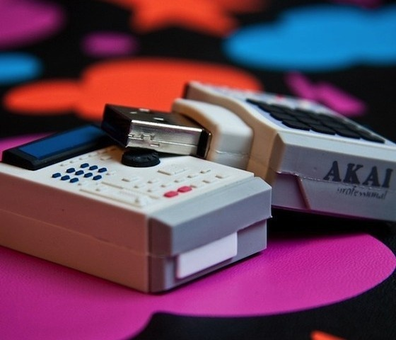 Akai MPC-2000XL USB #gadget