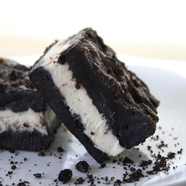 Chocolate Therapy: Oreo Cheesecake Bars #food