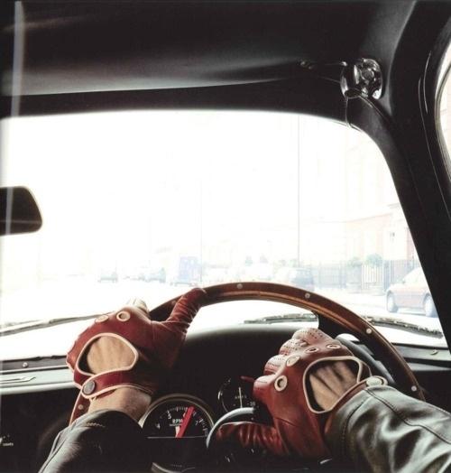The Black Workshop #gloves #car