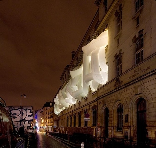 LB #paris #sculpture #comfort #installation #4 #bauman #lang #light