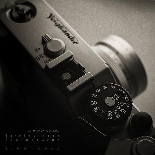 Faust arp | Flickr: Intercambio de fotos #white #voigtlander #black #minimalism #jordi #esteban #photography #and