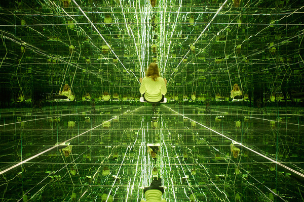 mirrored room of infinite reflections by thilo frank #mirror